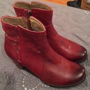 L'Artiste Boots, Belle style
